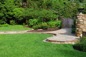 Photo credit: Hallas Landscaping, http://hallaslandscape.com/